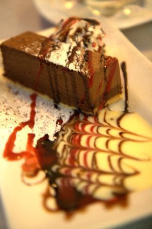 Cellar Restaurant: Chocolate Mousse Cake