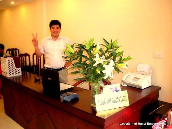 Box Hotel: Travel Desk
