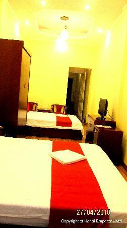 Box Hotel: Hotel Guestroom