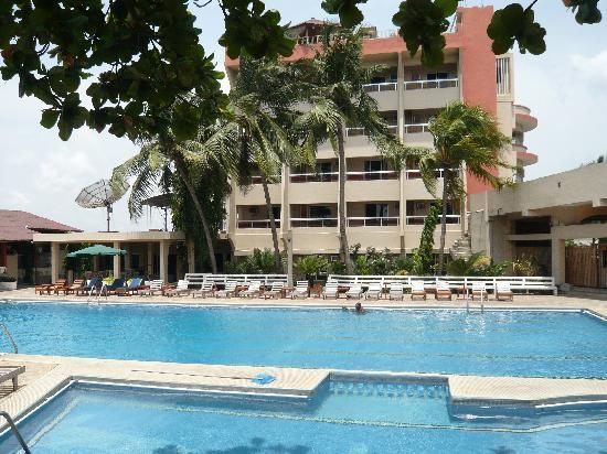 Hotel du lac cotonou b nin voir les tarifs 71 avis for Trouver des hotels