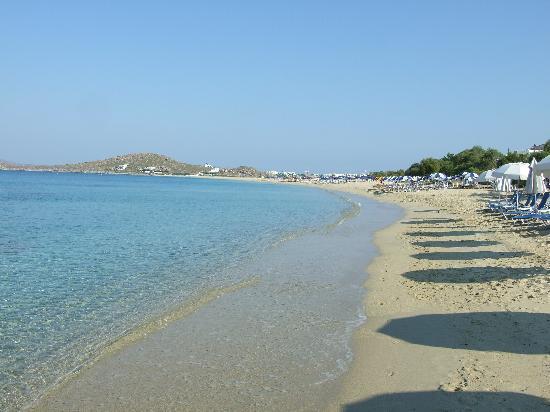 Liana Hotel: Beach in front of Liana`s