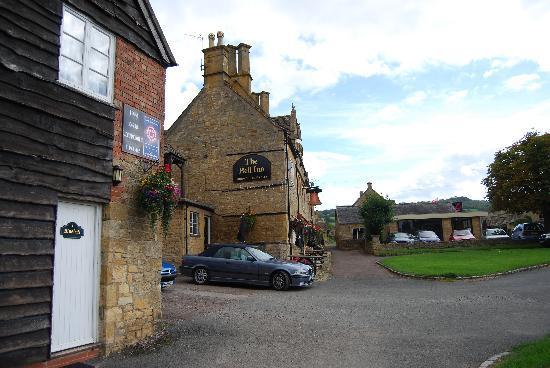 The Bell at Willersey: Bell Inn