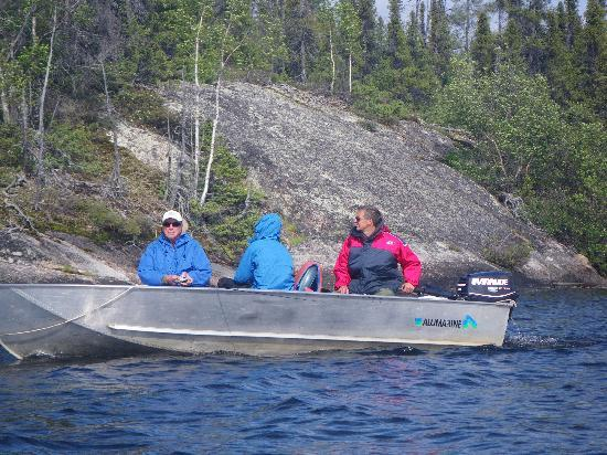 North Knife Lake Lodge: Professional Guides and pristine landscapes