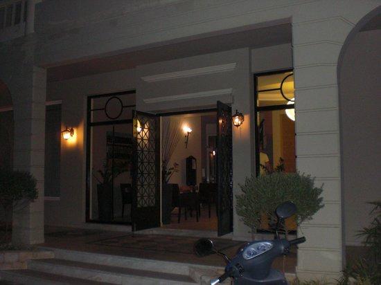 Platanias Mare Hotel : Entrance