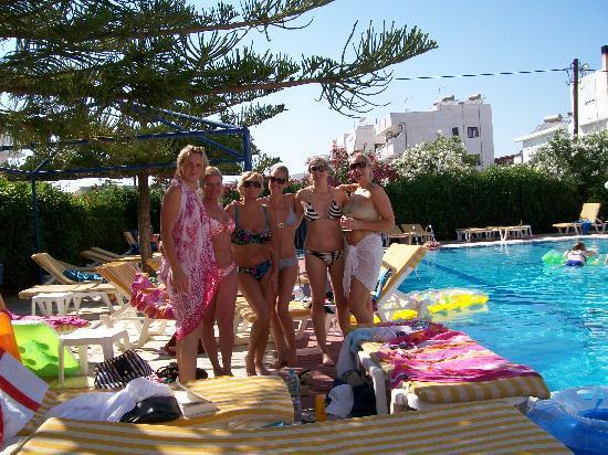 Cleopatra Classic Hotel: great company  lol