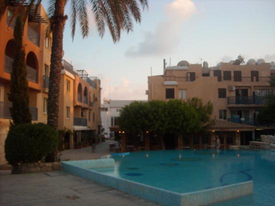 Basilica Holiday Resort: Pool area