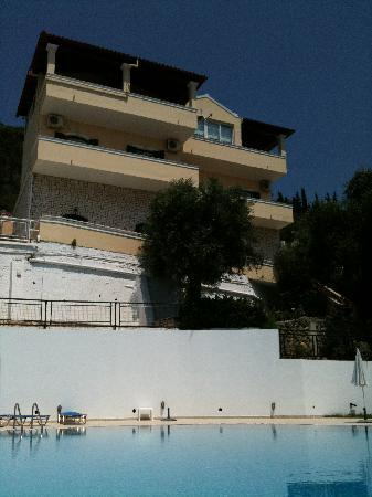 Villa Mary Apartments: view from the pool of the apts