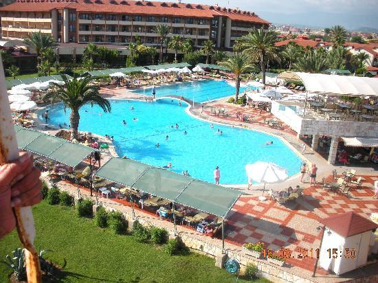Club Hotel Turan Prince World: Hotel Pool