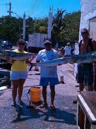 Two D's Diving and Tour Adventures: 2 Mahi Mahi's and the Kingfish