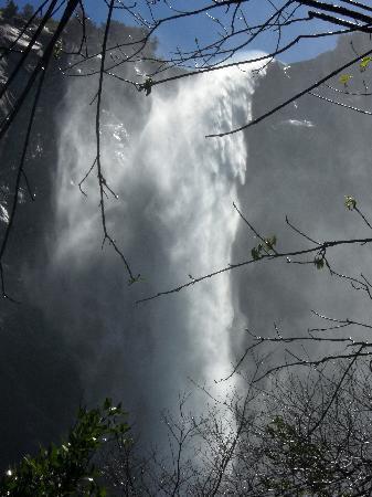 Motel 6 Merced North: Yosemiti Brautschleier Wasserfall
