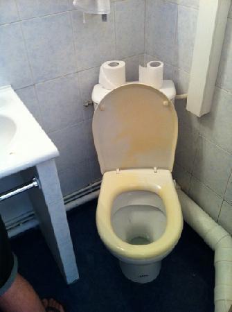 Hotel des Arts : toilet