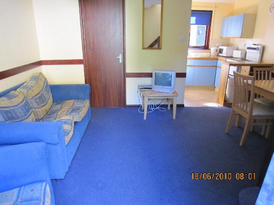 Tolroy Manor Holiday Park: living room