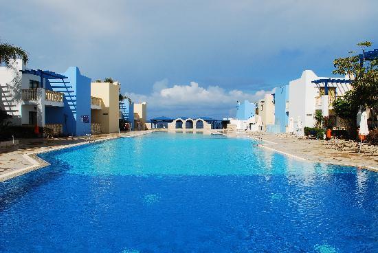 إليني هوليداي فيليدج: Swimming pool