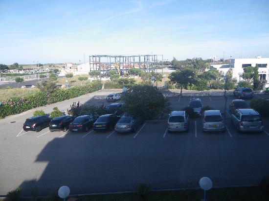 Campanile Perpignan Nord Rivesaltes: parking