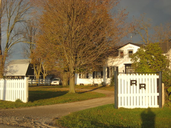 River Ridge Bed and Breakfast: Our 'RR'...Rural setting