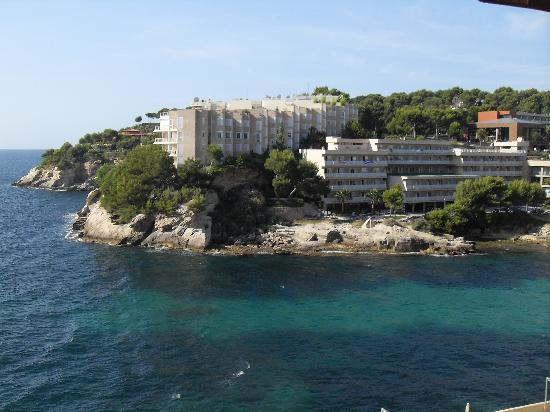 Cala Vinyes, Hiszpania: The Hotel from the bay