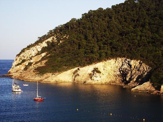 Sirenis Cala Llonga Resort: Cala Llonga Bay from the Dorada Hotel single rooms