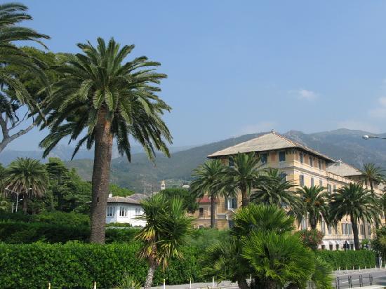 Arenzano, Italia: Sea front