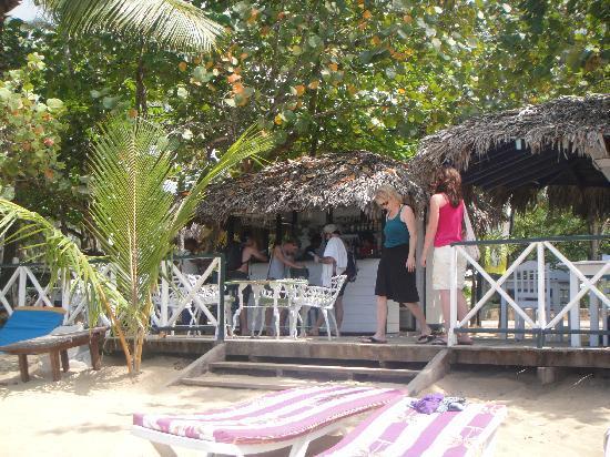 Mojitos on the beach
