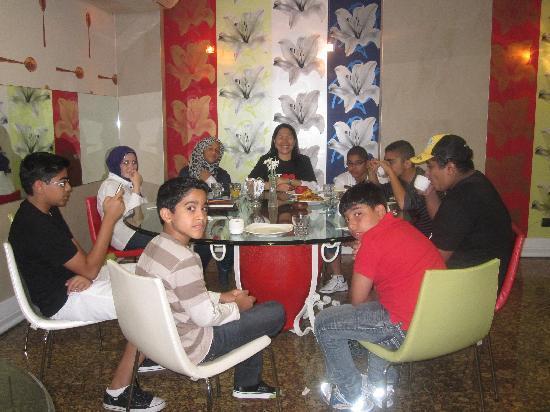 Konak Hotel: Abundant breakfast in Konak=)