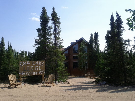 Stony Rapids, Canada: The lodge as seen from the dock