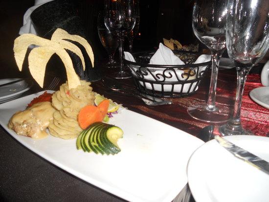 Trios Caribbean Fusion Restaurant : Great presentation...