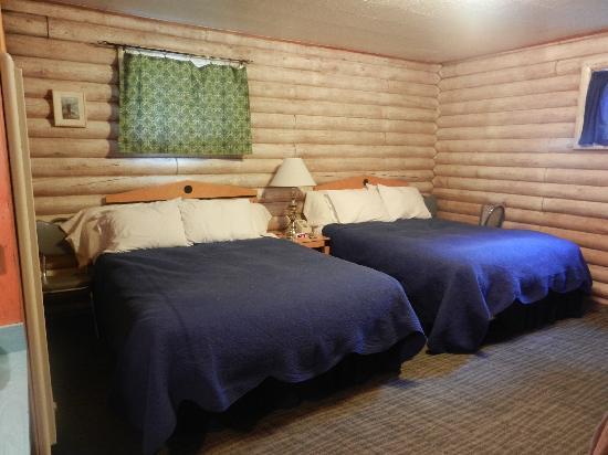 آيلاند أكريس ريزورت موتل: beds