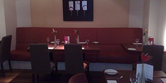 Fire & Spice Bar & Kitchen: seating