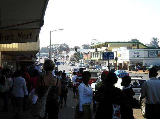 The George Hotel, Eshowe: main drag of eshowe, on one of grahams tours