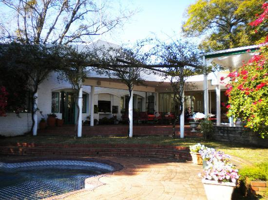 The George Hotel, Eshowe: Graham's family home.