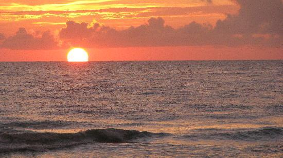 Gulfside Resorts: Beach sunset