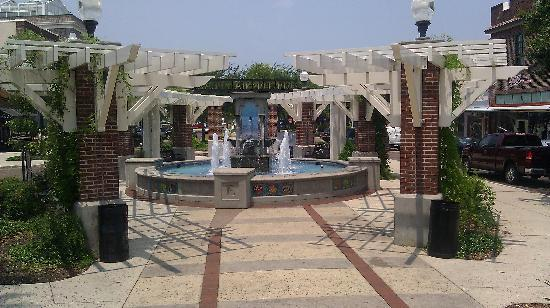 Beautiful fountain outside hotel Picture of Edgewater Hotel