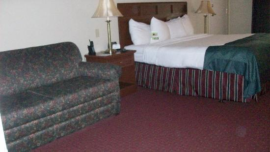 Wingate by Wyndham Lake George: Room 315