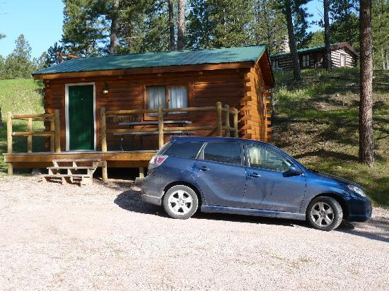 Holy Smoke Resort: our cabin