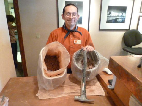 Inn At Santa Fe: Eric prepares clay for new soap dishes