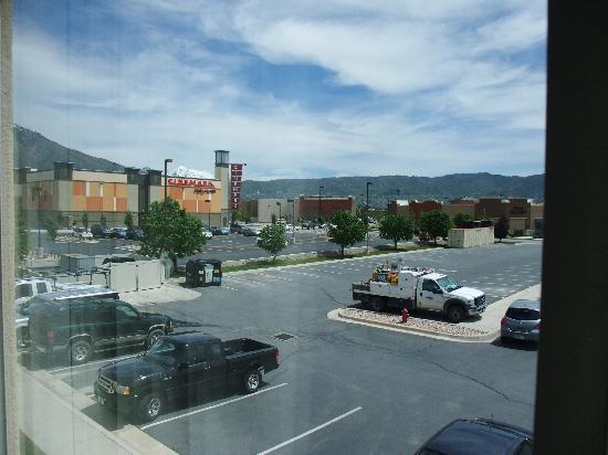 Fairfield Inn Salt Lake City Draper: view of the parking lot
