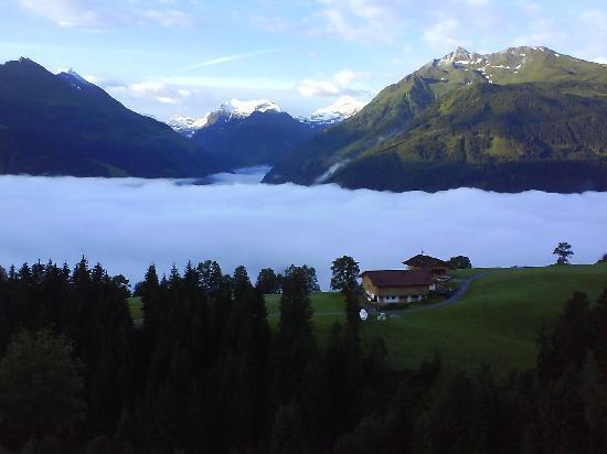 Mittersill, Austria: Blick von Balkon im Sommer