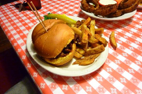 Ludy's Main Street BBQ Picture