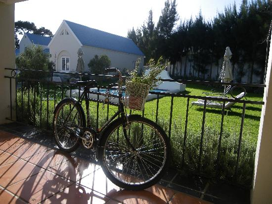 Gooding's Groves Olive Farm & Guest House: The 'stoep'
