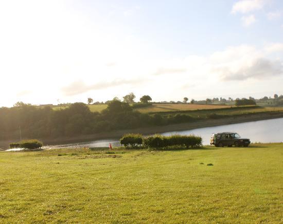 Lodfin Farm Bed & Breakfast: The Stunning Wimbleball Lake - nearby