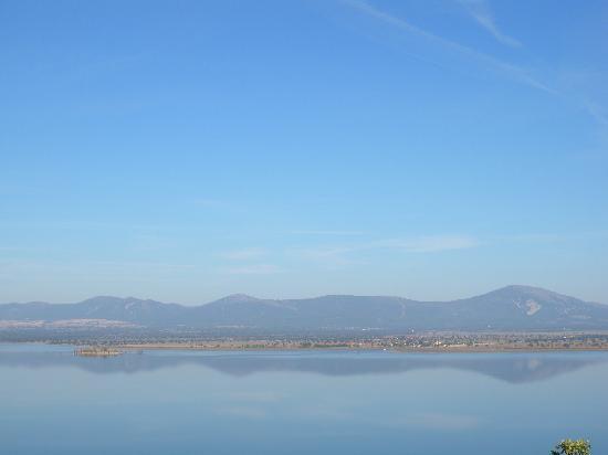 Ecolodge de Cabaneros: Embalse espejo al amanecer