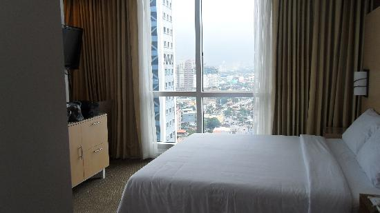 St Giles Makati Hotel: St. Giles, a new find