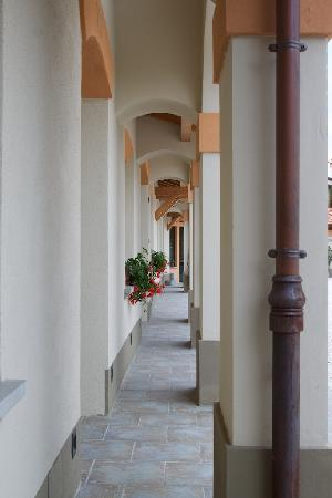 Modigliana, Ιταλία: Loggiatino d'ingresso