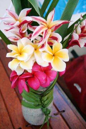 Litia Sini Beach Resort: welcome flowers