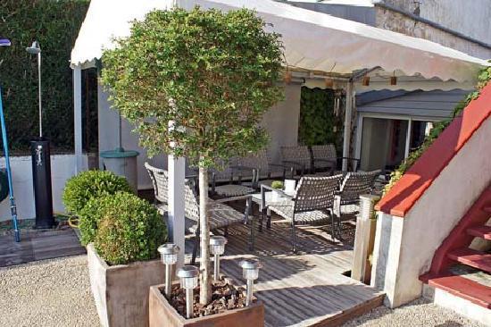 Chambres d'hotes Maxana : Überdachte Terrasse
