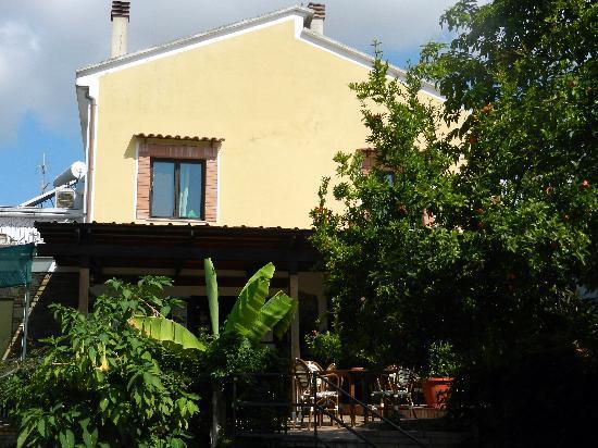 Casal Velino, Italy: la reception/ristorante