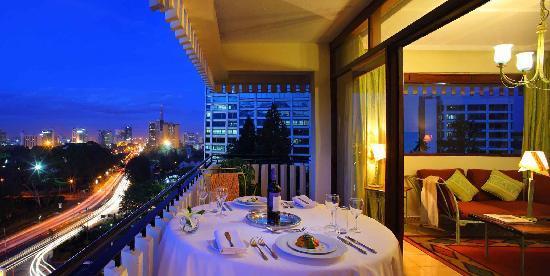 薩洛瓦帕納弗里克酒店照片