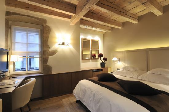 Hotel Les Armures: Double de Luxe 3