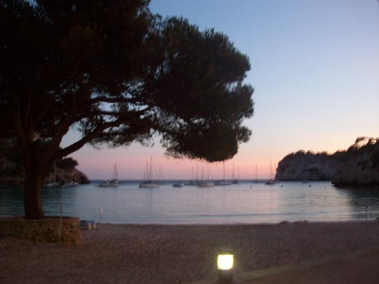 Hotel Cala Galdana & Villas d'Aljandar: sunset from one of the beach bars