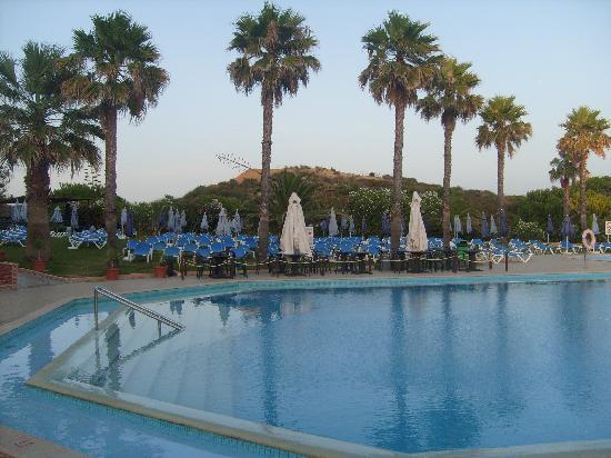 Auramar Beach Resort : what an amazing place